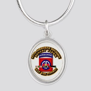 Army - DS - 82nd ABN DIV w SVC Silver Oval Necklac