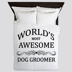 World's Most Awesome Dog Groomer Queen Duvet
