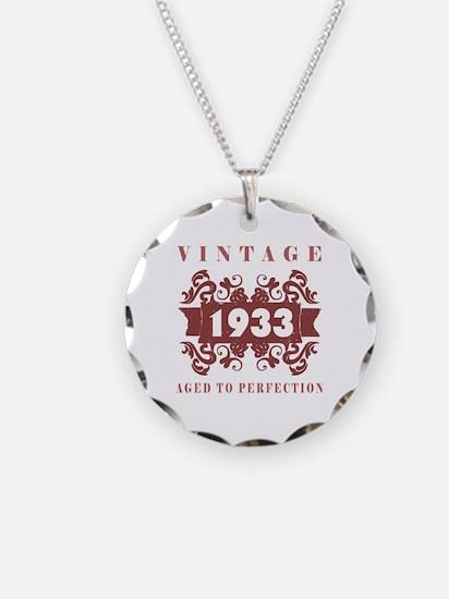 1933 Vintage (old-fashioned) Necklace