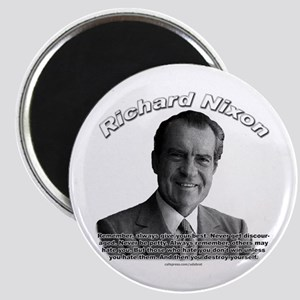 Richard Nixon 02 Magnet
