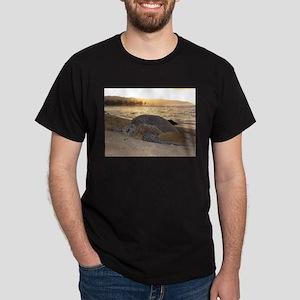 Honu at Sunset Dark T-Shirt
