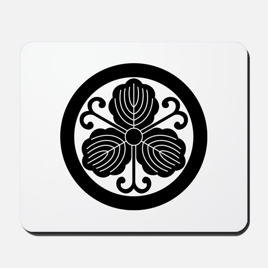 Oak leaves with vines in circle Mousepad