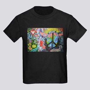 Graffiti in Prague T-Shirt