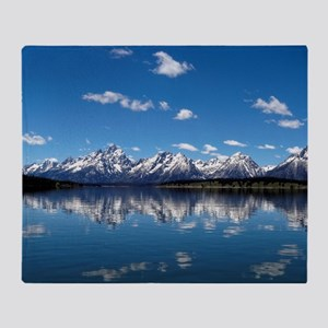 GRAND TETON - JACKSON LAKE Throw Blanket