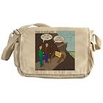 Trail Closed Messenger Bag