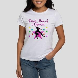 SUPER GYMNAST MOM Women's T-Shirt