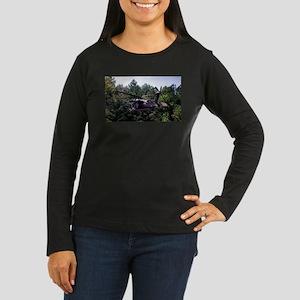 Tailwind Women's Long Sleeve Dark T-Shirt