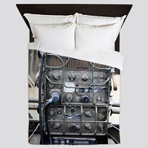 Vintage military radio Queen Duvet