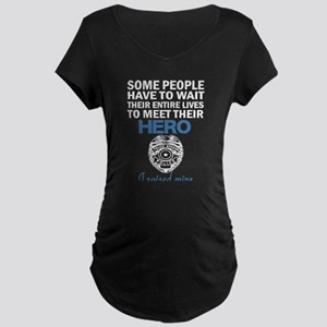 Police Officer's Mom Maternity T-Shirt