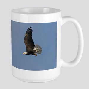 Bald Eagle on the wing, Large Mug