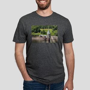 Pontsticill Reservoir, Wale Mens Tri-blend T-Shirt