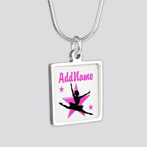 DANCE SUPER STAR Silver Square Necklace