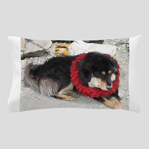 tibetan mastiff Pillow Case