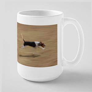 treeing walker coonhound running Mugs