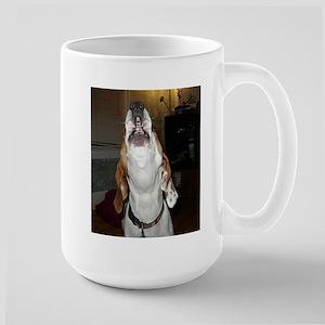 treeing walker coonhound baying Mugs
