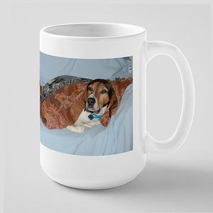 treeing walker coonhound in blanket Mugs