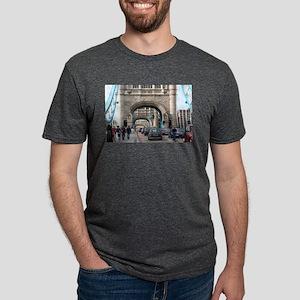 Tower Bridge, London, Engla Mens Tri-blend T-Shirt