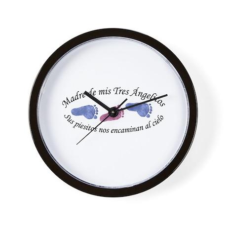 Madre de Tres Angelitos BGB Wall Clock