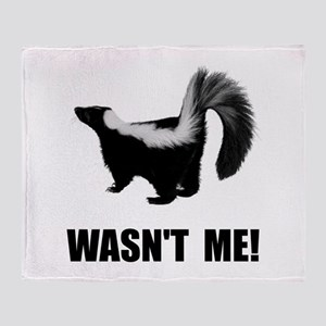 Skunk Wasnt Me Throw Blanket