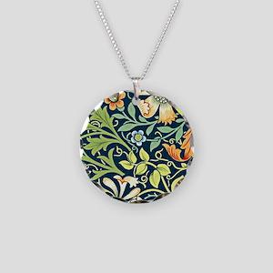 Compton, William Morris vint Necklace Circle Charm