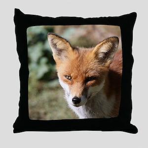 Fox001 Throw Pillow