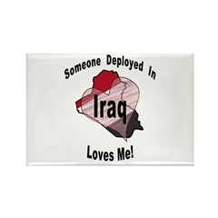 Someone deployed in Iraq loves me! Rectangle Magne