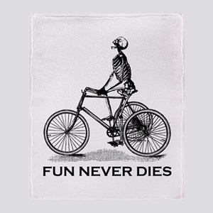 Fun Never Dies - Cycling Throw Blanket