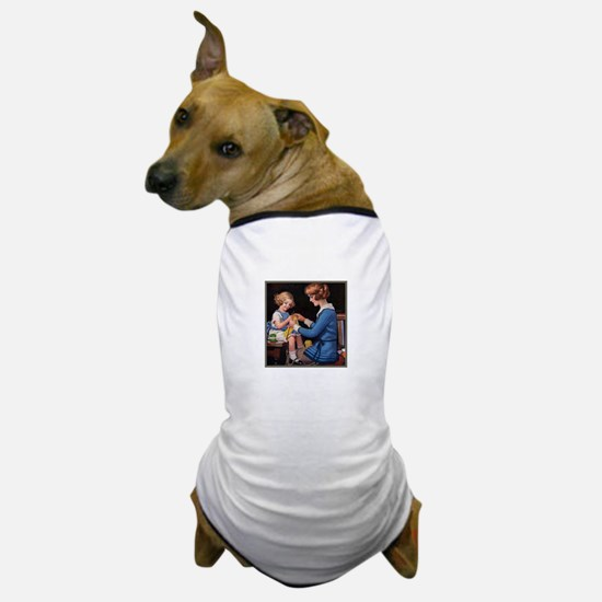 Mother and Daughter Knitting Dog T-Shirt