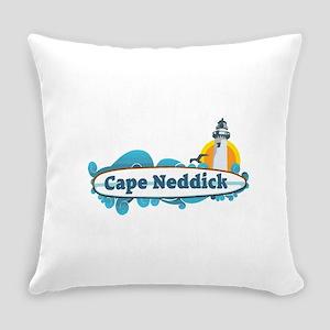 Cape Neddick - Maine. Everyday Pillow