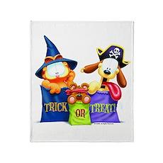 Garfield Trick or Treat Throw Blanket