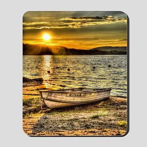 Sun Set over the lake Mousepad