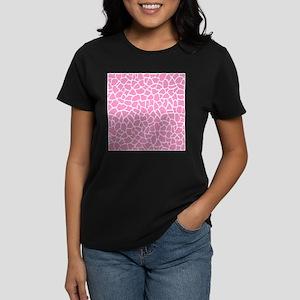 Pink Giraffe Pattern T-Shirt